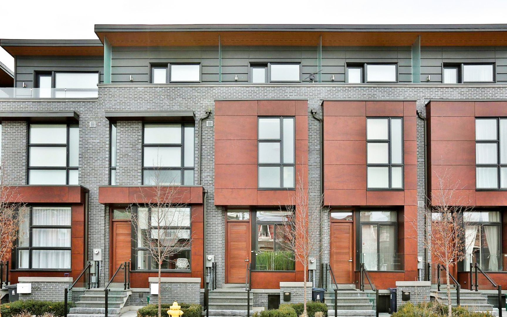 Modern Townhouses in Little Italy on Manning Ave